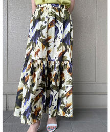 スカート ストロークミリタリープリント ティアードロングスカート|ZOZOTOWN PayPayモール店