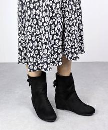 ブーツ 美脚効果抜群の5cmインヒール!履いた時のシルエットがきれいな上品で大人っぽいインヒールバックリボンブーツ/ 9006-SA ZOZOTOWN PayPayモール店