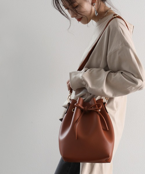 ショルダーバッグ バッグ かわいい巾着型 無地フェイクレザーショルダーバッグ 超目玉 巾着バッグ 現金特価